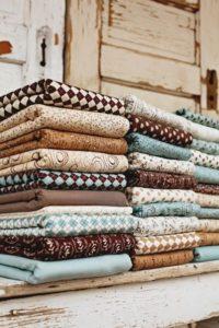 choosing-the-fabrics-photo-colors-pinterest-6